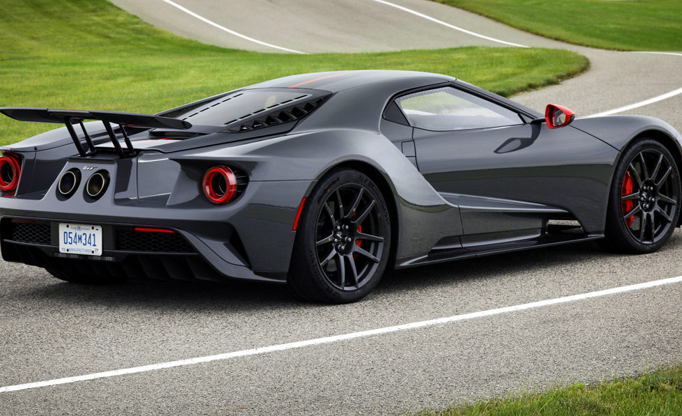 Ford GT Carbon Series2_1200.jpg